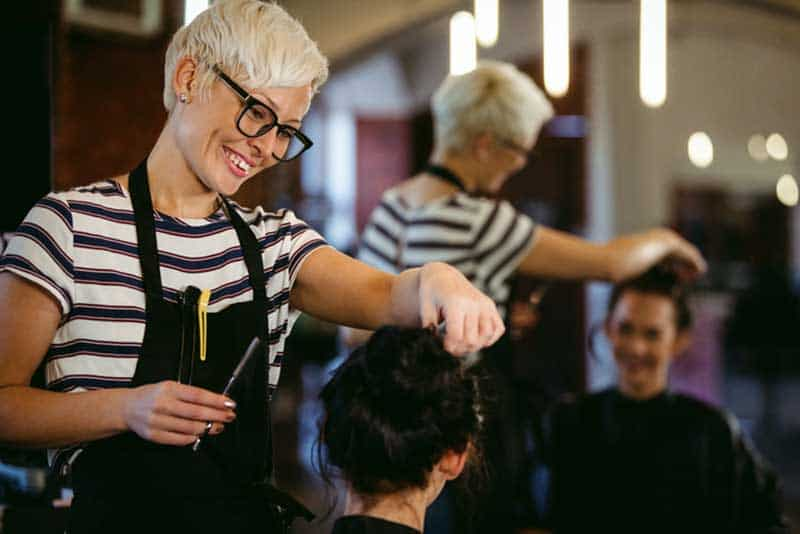 Image of 5 Tips to help you manage your own beauty salon