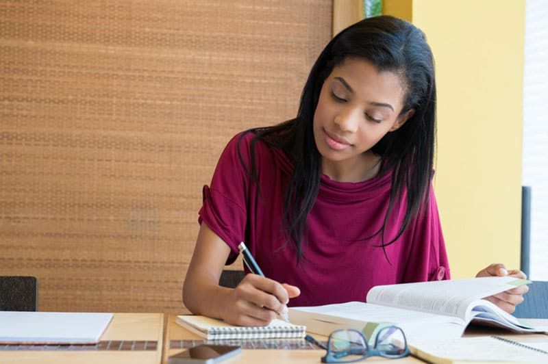 Image of 5 Reasons to Study Distance Learning Courses