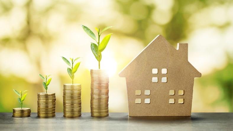 Image of How do I become a mortgage adviser?